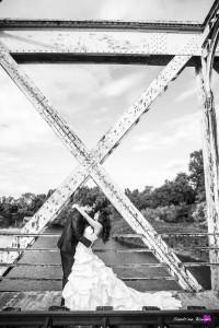 10-photographe-mariage-couple-emotion-industriel