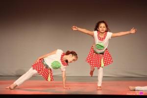 photographe-reportage-danse-salle-arabesque-animation-landes-aire-sur-adour-rouge
