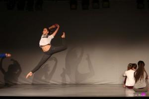 photographe-reportage-danse-salle-arabesque-animation-landes-aire-sur-adour-saut-lili